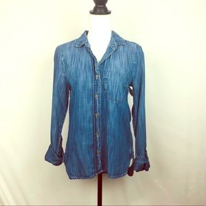 Anthro Bella Dahl Chambray Button Down Size Small